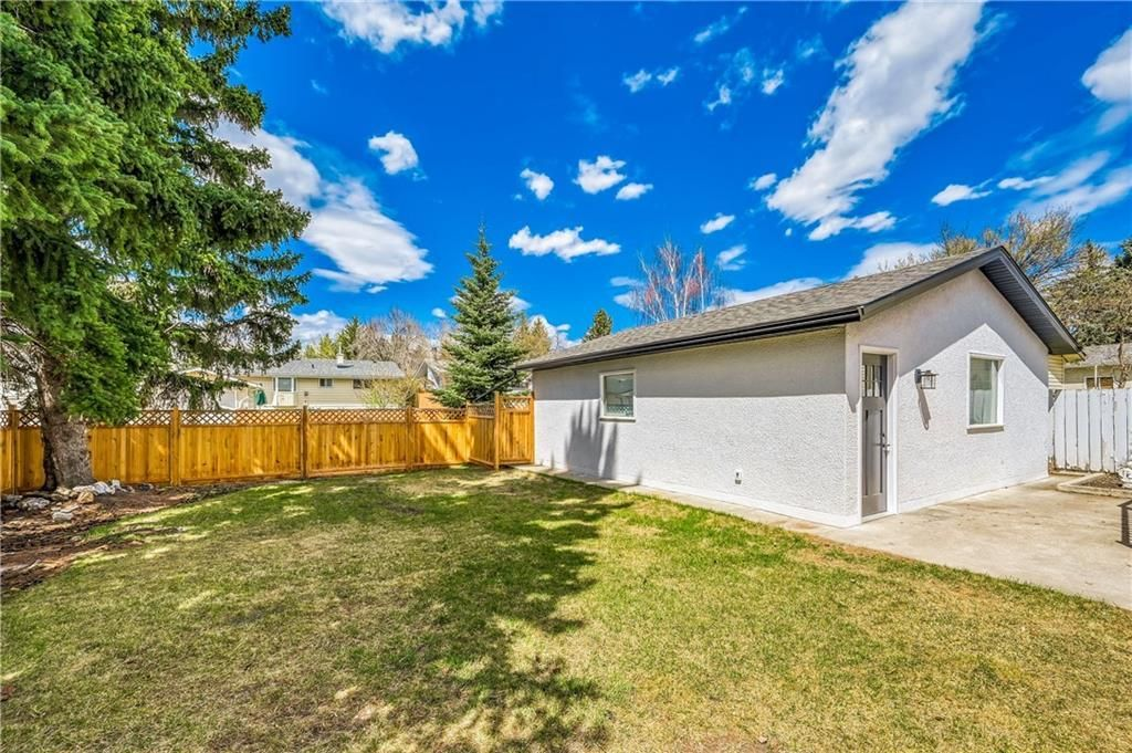 Photo 44: Photos: 5039 BULYEA Road NW in Calgary: Brentwood Detached for sale : MLS®# A1047047