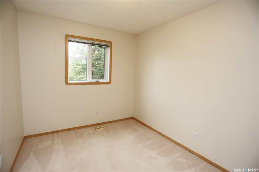 Photo 27: Photos: 206 1st Avenue North in Warman: Residential for sale : MLS®# SK796281