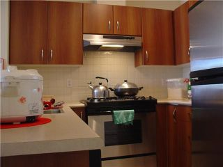 """Photo 2: 405 995 W 59TH Avenue in Vancouver: South Cambie Condo for sale in """"CHURCHILL GARDENS"""" (Vancouver West)  : MLS®# V846861"""