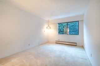 """Photo 15: 204 1360 MARTIN Street: White Rock Condo for sale in """"WEST WINDS"""" (South Surrey White Rock)  : MLS®# R2429363"""