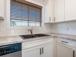 Photo 4: 9727 Austin Road SE in Calgary: Acadia Detached for sale : MLS®# A1071027