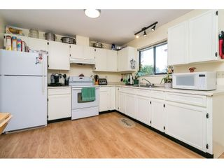"""Photo 15: 2265 MADRONA Place in Surrey: King George Corridor House for sale in """"MADRONA PLACE"""" (South Surrey White Rock)  : MLS®# R2577290"""