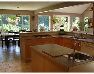 Photo 7: 462 VETERANS Road in Gibsons: Gibsons & Area House for sale (Sunshine Coast)  : MLS®# V733828