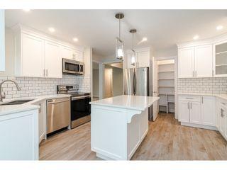 "Photo 5: 29688 CAMELOT Avenue in Abbotsford: Bradner House for sale in ""BRADNER"" : MLS®# R2456933"