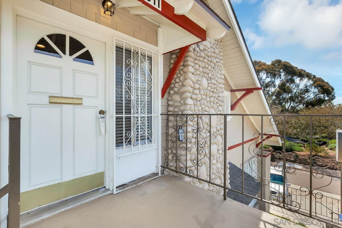 Main Photo: Property for sale: 4011 Ibis St in San Diego