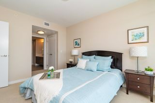 """Photo 8: 2408 4485 SKYLINE Drive in Burnaby: Brentwood Park Condo for sale in """"SOLO DISTRICT - ALTUS"""" (Burnaby North)  : MLS®# R2373957"""