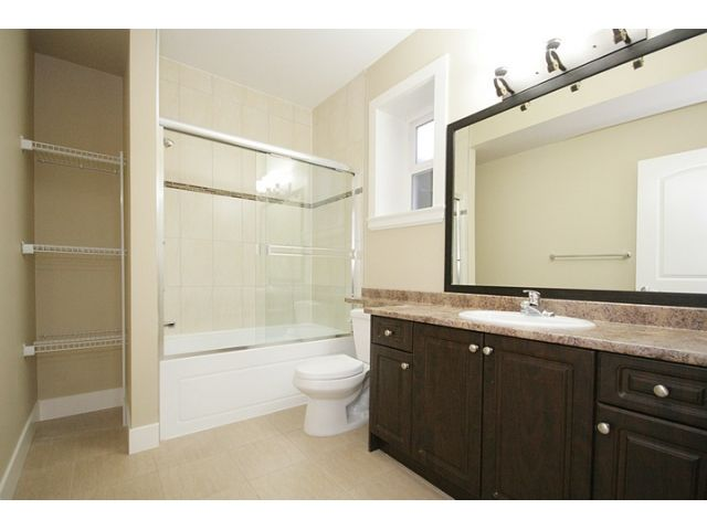 Photo 8: Photos: 21135 77a Ave in Langley: Willoughby Heights House for sale : MLS®# F1202293
