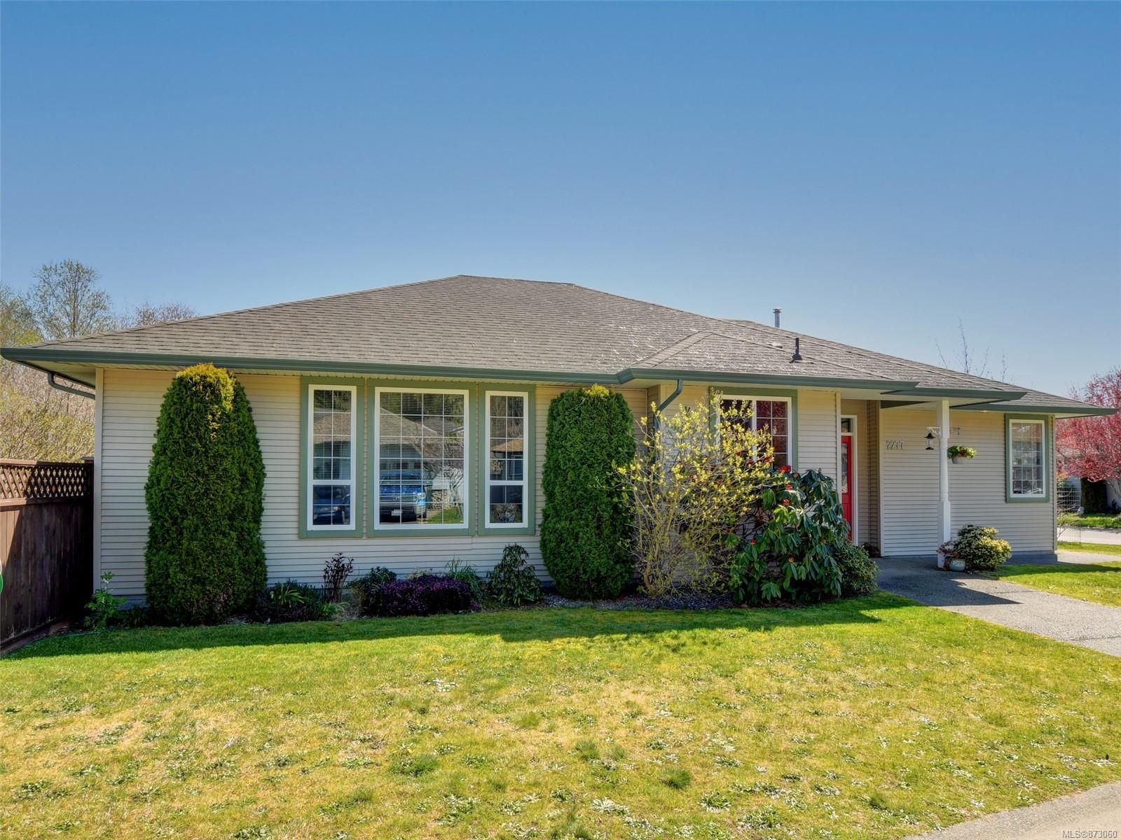 Main Photo: 2277 Pond Pl in : Sk Broomhill House for sale (Sooke)  : MLS®# 873060