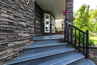 Photo 3: 9429 101 Street in Edmonton: Zone 12 House for sale : MLS®# E4255702