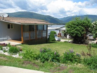 Photo 2: 33 - 2932 Buckley Rd: Sorrento Manufactured Home for sale (shuswap)  : MLS®# 10184516
