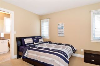 """Photo 17: 6351 167B Street in Surrey: Cloverdale BC House for sale in """"West Cloverdale"""" (Cloverdale)  : MLS®# R2475893"""