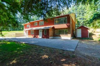 Photo 1: 25512 12 Avenue in Langley: Otter District House for sale : MLS®# R2235152
