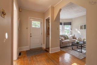 Photo 2: 6039 Leeds Street in Halifax: 3-Halifax North Residential for sale (Halifax-Dartmouth)  : MLS®# 202123236