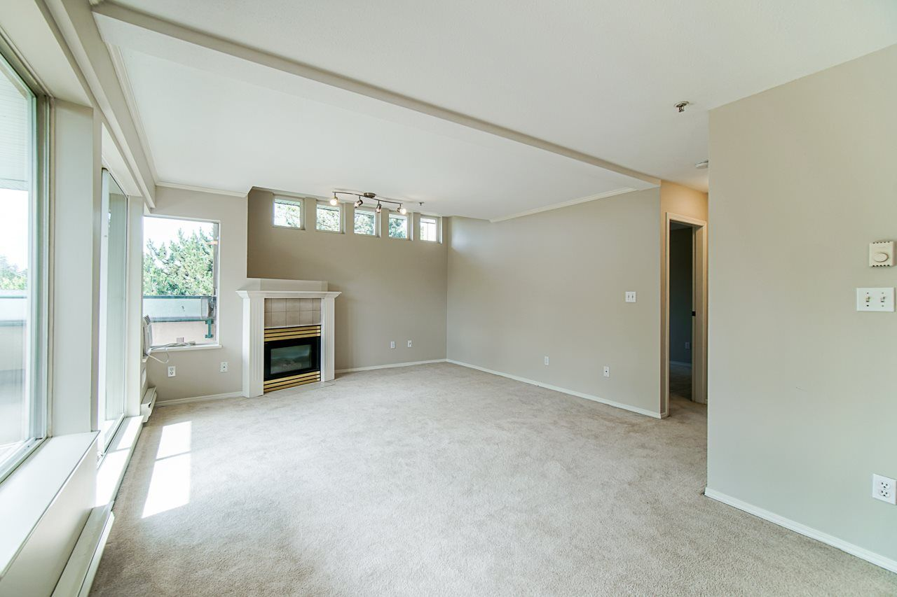 Photo 10: Photos: 306 2962 TRETHEWEY STREET in Abbotsford: Abbotsford West Condo for sale : MLS®# R2470028