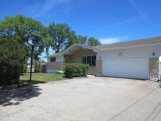 Photo 1: 1506 Hoka Street in Winnipeg: West Transcona Residential for sale (3L)  : MLS®# 202113995