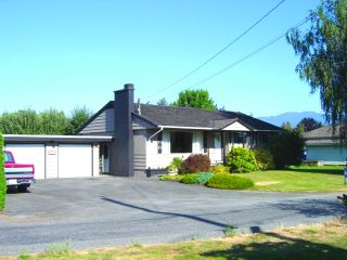 Photo 1: 6575 DOGWOOD Drive in Sardis: Sardis West Vedder Rd House for sale : MLS®# H2602965