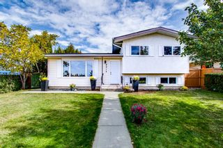 Main Photo:  in Edmonton: Zone 16 House for sale : MLS®# E4264380
