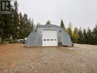Photo 6: 3932 LOLOFF CRESCENT in Quesnel: House for sale : MLS®# R2625453
