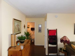 Photo 2: 216 964 Heywood Ave in : Vi Fairfield West Condo for sale (Victoria)  : MLS®# 856887