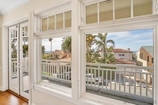 Photo 28: LA JOLLA House for sale : 4 bedrooms : 5735 Dolphin Pl