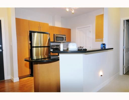 """Photo 4: Photos: 407 2330 WILSON Avenue in Port_Coquitlam: Central Pt Coquitlam Condo for sale in """"SHAUGHNESSY WEST"""" (Port Coquitlam)  : MLS®# V773150"""