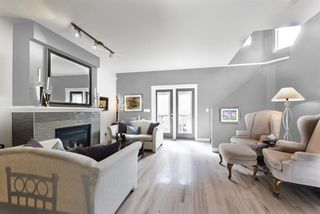Photo 1: 2401 17 Street SW in Calgary: Bankview Row/Townhouse for sale : MLS®# A1106490