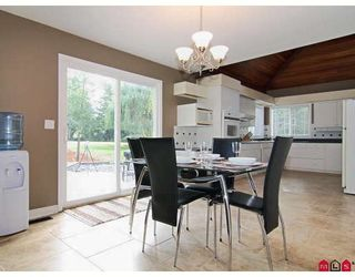 """Photo 3: 19746 84TH Avenue in Langley: Willoughby Heights House for sale in """"WEST LATIMER/ WILLOUGHBY"""" : MLS®# F2825635"""