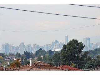"""Photo 9: 3293 E 18TH Avenue in Vancouver: Renfrew Heights House for sale in """"RENFREW HEIGHTS"""" (Vancouver East)  : MLS®# V973611"""