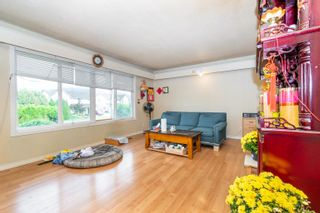 Photo 3: 8565 BROADWAY Street in Chilliwack: Chilliwack E Young-Yale House for sale : MLS®# R2619903
