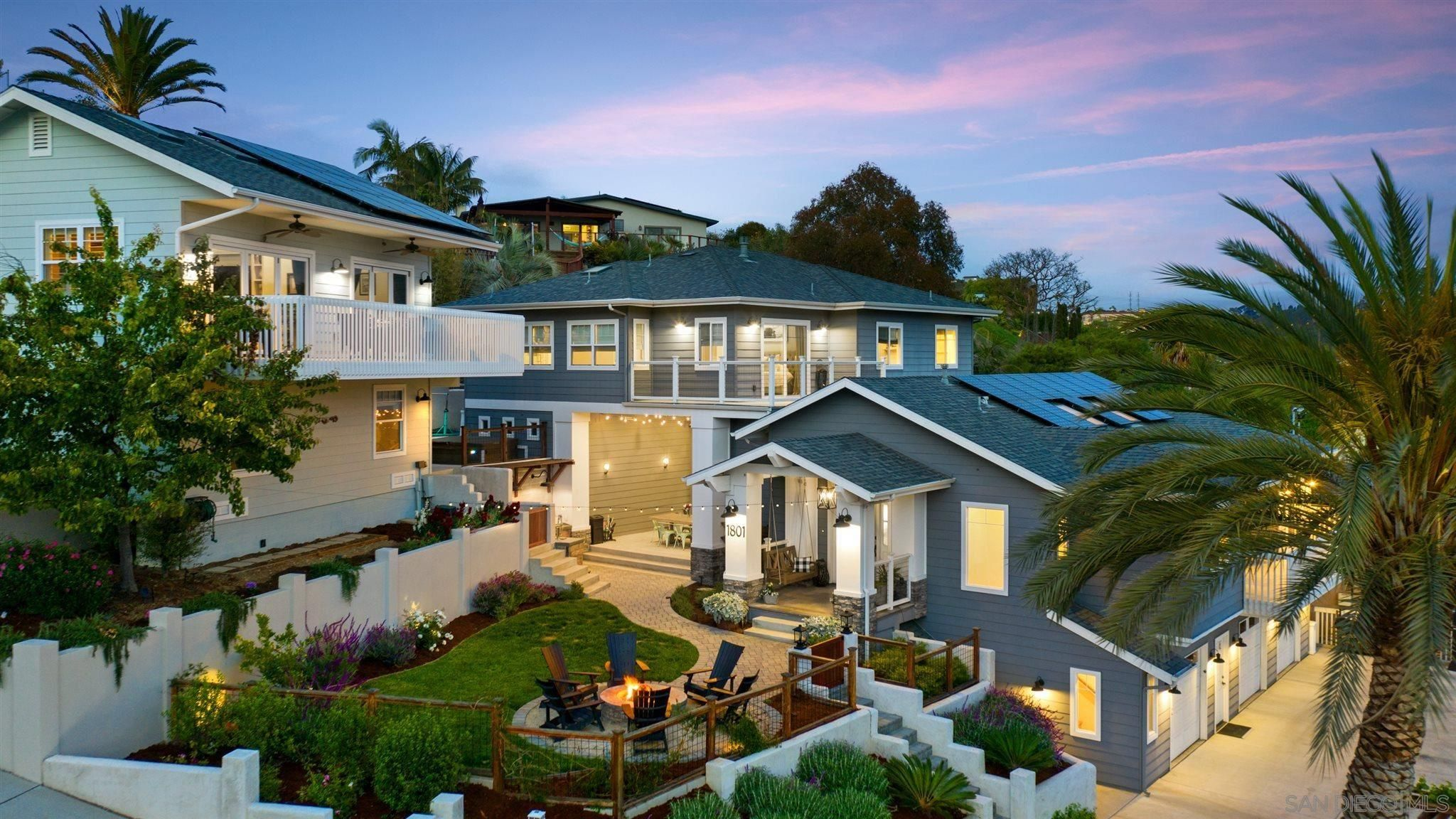 Main Photo: BAY PARK House for sale : 6 bedrooms : 1801 Illion St in San Diego