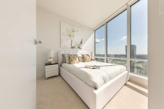 """Photo 3: 3808 1283 HOWE Street in Vancouver: Downtown VW Condo for sale in """"TATE ON HOWE"""" (Vancouver West)  : MLS®# R2620648"""