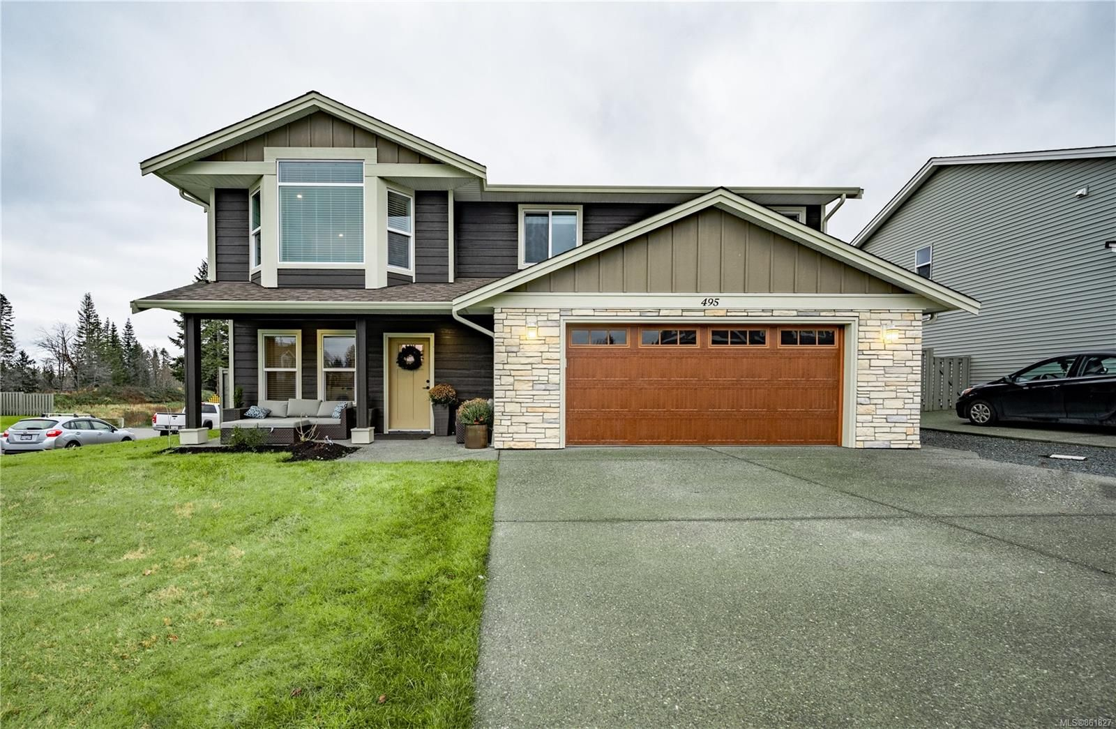 Main Photo: 495 Park Forest Dr in : CR Campbell River West House for sale (Campbell River)  : MLS®# 861827