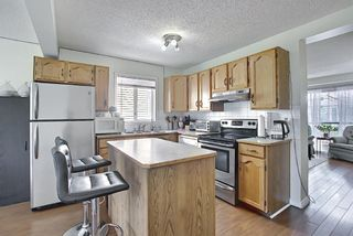 Photo 8: 31 COVENTRY Lane NE in Calgary: Coventry Hills Detached for sale : MLS®# A1116508