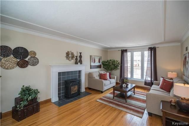 Photo 4: Photos: 360 Centennial Street in Winnipeg: River Heights North Residential for sale (1C)  : MLS®# 1808631