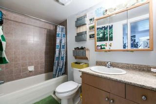 Photo 11: 266 E 17TH AVENUE in Vancouver: Main House for sale (Vancouver East)  : MLS®# R2075031