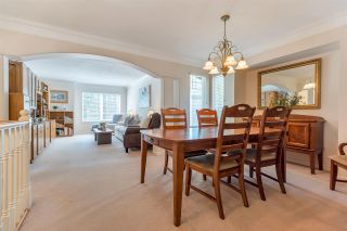 Photo 7: 989 STONEY CREEK Court in Coquitlam: Coquitlam West House for sale : MLS®# R2571353