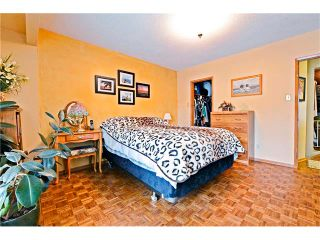 Photo 16: 3527 LAKESIDE Crescent SW in Calgary: Lakeview House for sale : MLS®# C4035307