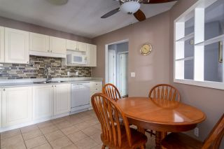 """Photo 3: 407 20443 53 Avenue in Langley: Langley City Condo for sale in """"COUNTRY SIDE ESTATES"""" : MLS®# R2150486"""