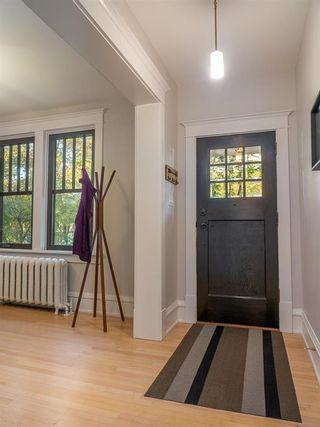 Photo 5: 1015 Grosvenor Avenue in Winnipeg: Crescentwood Residential for sale (1Bw)  : MLS®# 202123831