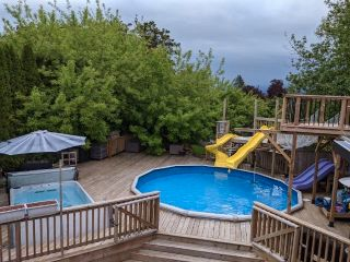 Photo 12: 10346 KENT Road in Chilliwack: Fairfield Island House for sale : MLS®# R2578576