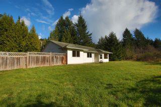 Photo 1: 6330 SECHELT INLET Road in Sechelt: Sechelt District House for sale (Sunshine Coast)  : MLS®# R2549499