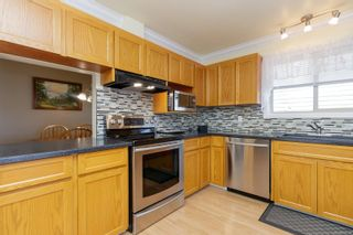 Photo 14: 2516 Sooke Rd in : Co Triangle House for sale (Colwood)  : MLS®# 879338