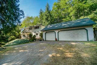 Photo 2: 27029 LOUGHEED Highway in Maple Ridge: Whonnock House for sale : MLS®# R2608657