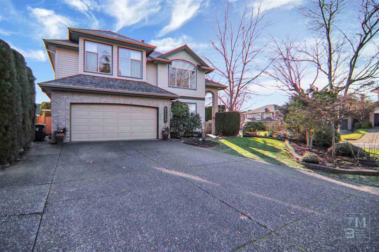 "Main Photo: 21538 84B Avenue in Langley: Walnut Grove House for sale in ""Forest Hills"" : MLS®# R2532724"