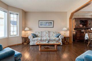 Photo 5: 347 Diamond Drive SE in Calgary: Diamond Cove Detached for sale : MLS®# A1147455