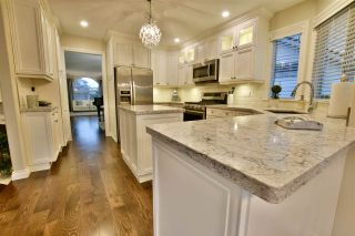 """Photo 8: 21533 86A Crescent in Langley: Walnut Grove House for sale in """"Forest Hills"""" : MLS®# R2423058"""