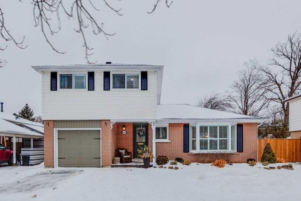 Main Photo: 224 Sylvan Ave in Toronto: Guildwood Freehold for sale (Toronto E08)  : MLS®# E4356783