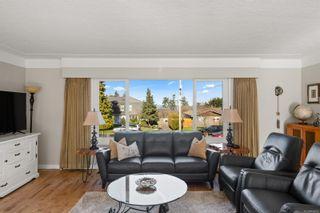 Photo 7: 4568 Montford Cres in : SE Gordon Head House for sale (Saanich East)  : MLS®# 869002