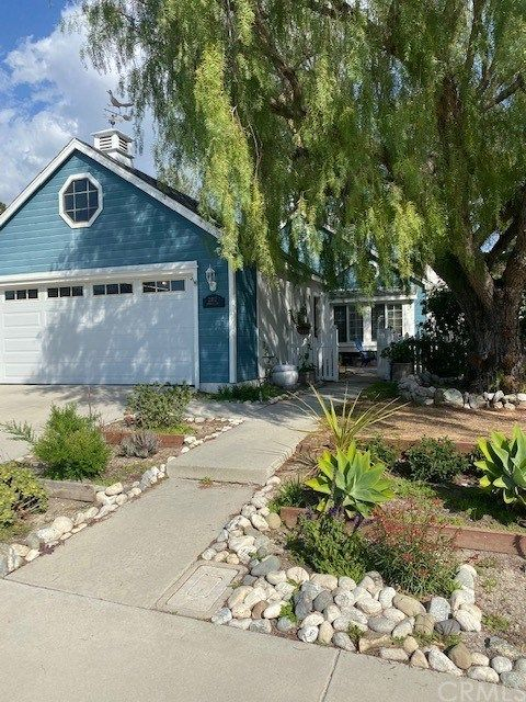 Main Photo: 21072 Primrose Lane in Mission Viejo: Residential for sale (MN - Mission Viejo North)  : MLS®# AR21036200