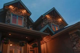 Photo 2: 111 Elmont Rise SW in Calgary: Springbank Hill Detached for sale : MLS®# A1099566